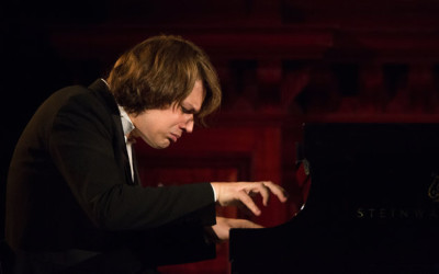 "David Fray Returns to NYC Recital Stage ""Rapturously Received"""