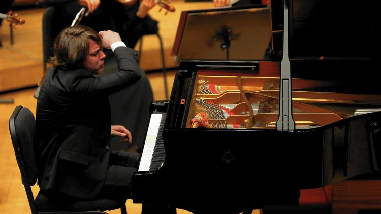 """Fray """"a triumph"""" performing Bach, Boulez, Schoenberg and Brahms in Chicago"""
